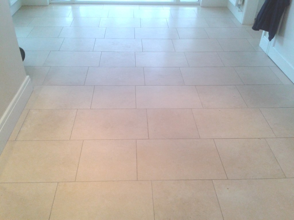 Sealing limestone tiles stone cleaning and polishing tips for limestone floor before cleaning and polishing oswestry dailygadgetfo Images